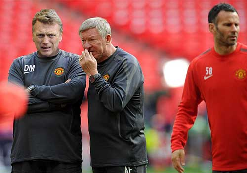 MU nhắm David Moyes thay Sir Alex - 1