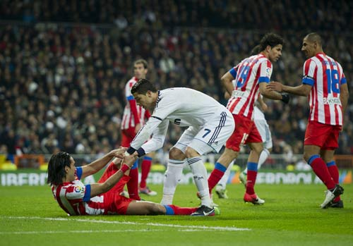 Real – Atletico: Vua ở Madrid - 2