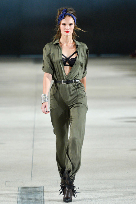 Khoe nội y thanh lịch như Alexis Mabille - 1