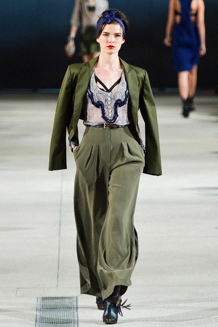 Khoe nội y thanh lịch như Alexis Mabille - 4