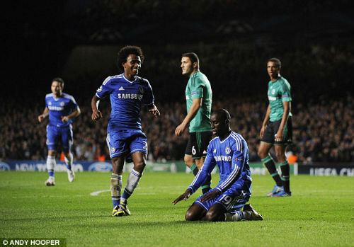"Chelsea: Chiến thắng của ""ong thợ"" Willian - 1"